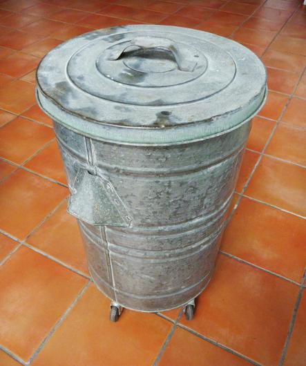 vintage garbage can, flamingsteel.com, steel sculpture, steel art, roy mackey