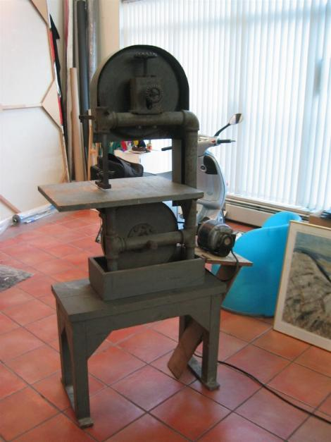 vintage hand made band saw, flamingsteel.com, roy mackey, steel sculpture, steel art, old tools, free junk