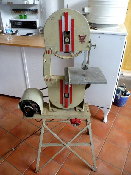 Vintage vincent band saw, flamingsteel.com, roy mackey, steel sculpture, steel art, vintage power tools, vancouver bc