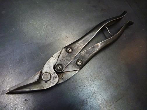 cool tin smips, flamingsteel.com, steel sculpture, steel art, roy mackey