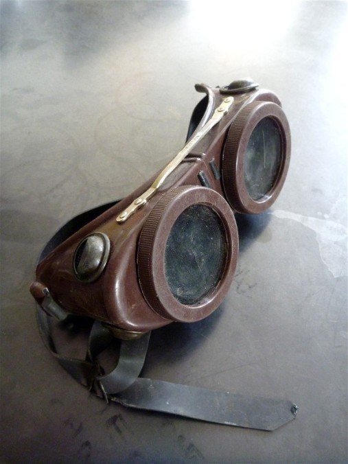 Vintage welding goggles, flamingsteel.com, roy mackey