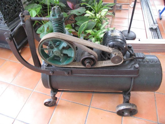 Antique air compressor, flamingsteel.com, roy mackey